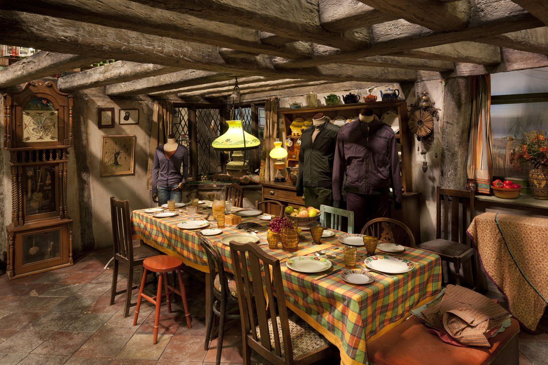 Weasleys_Kitchen.jpg