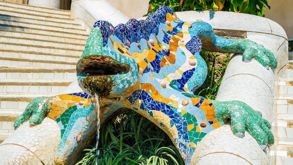 Colorful tiled lizard sculpture at Park Guell in Barcelona