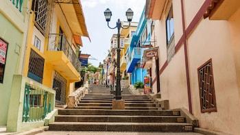 Guayaquil City Tour & Santa Ana Hill