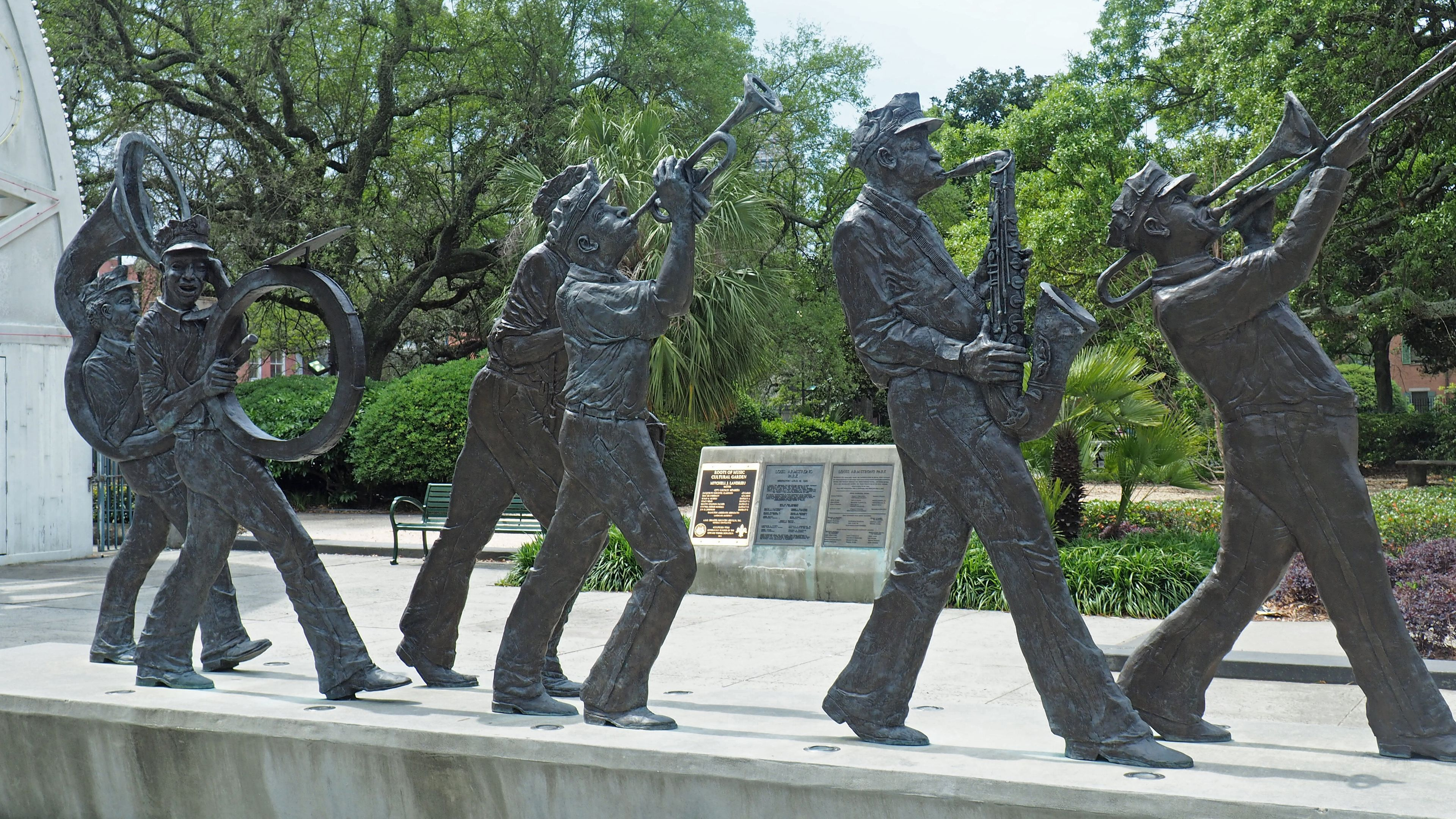 statues of musicians