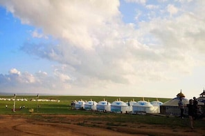 Private Full-Day Tour to Huitengxile Grassland from Hohhot