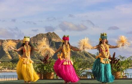 lux376ls-162138-Royal Hawaiian Luau.jpg
