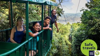 Ultimate 3 Rainforest Adventure ; randonnée, tramway aérien et tyrolienne