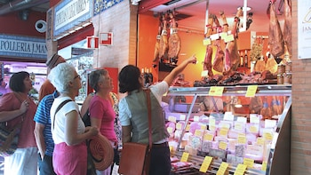 Mercado de alimentos de Triana y visita a pie con catas