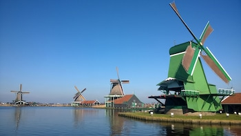 Guided Small-Group Tour to Zaanse Schans Windmills