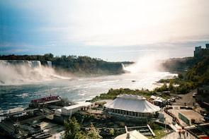 Best of Niagara Falls Tour, Canada - Private Safe Tour