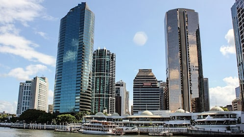 Boat viiew of Brisbane skyline.