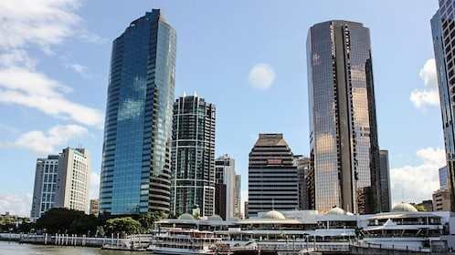 View of Brisband city skyline during the day.