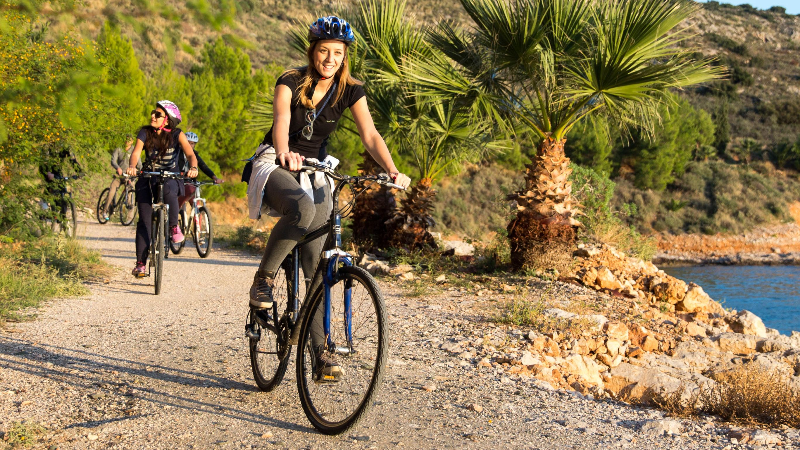 Small-Group Cycling Tour in Acronafplia