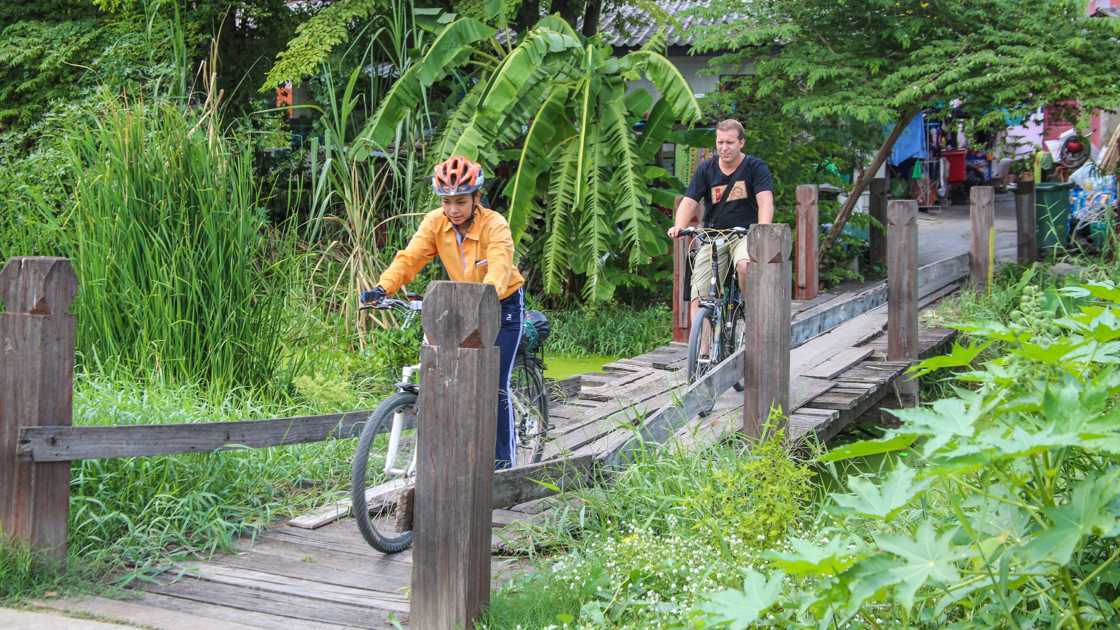 Ayutthaya City Culture Ride - ancient city's historical park