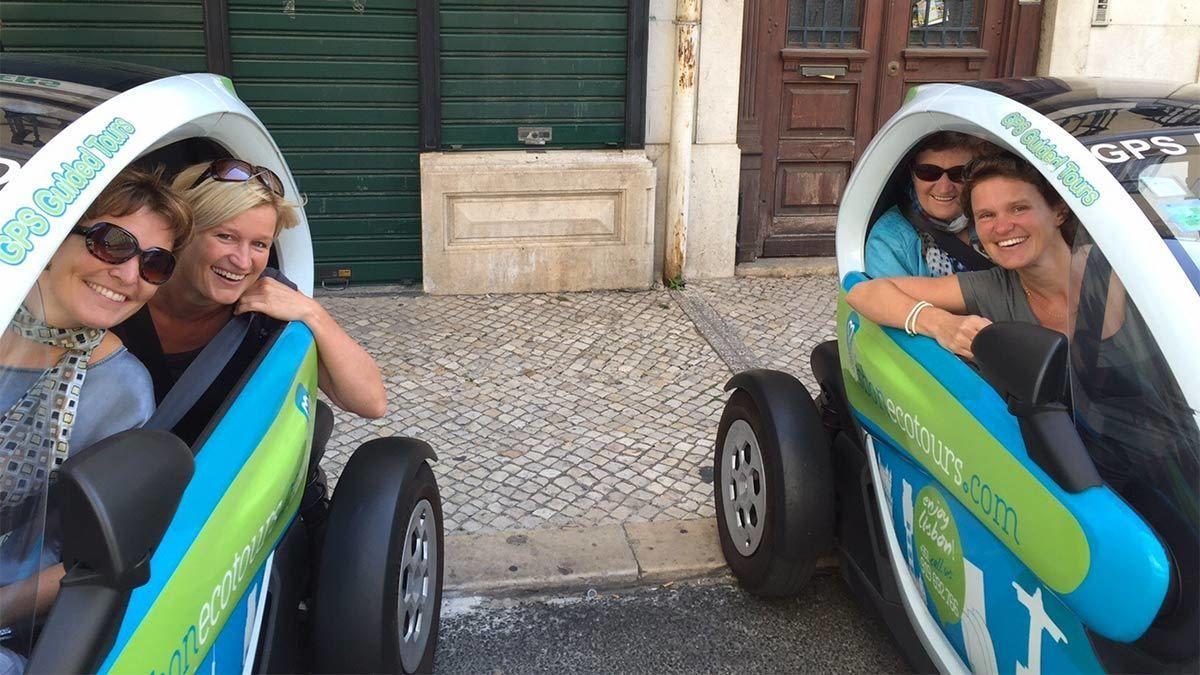 Groups having fun on the Lisbon Eco Tour