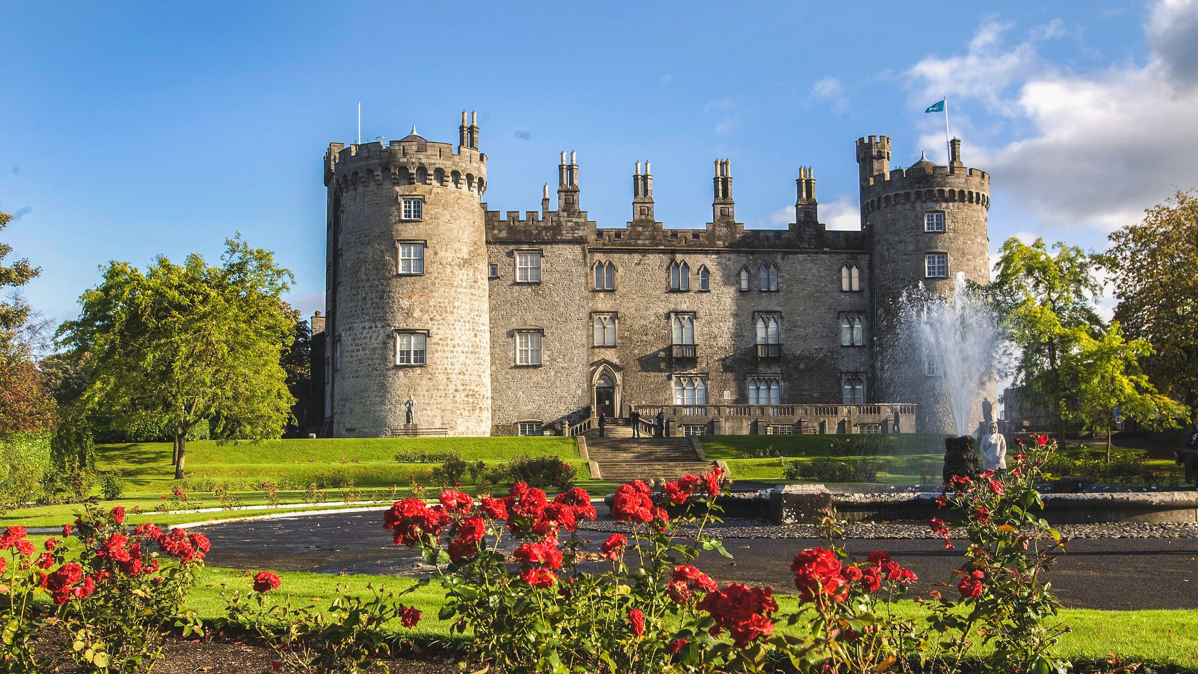 Beautiful garden view of Kilkenny Castle.