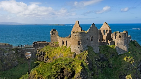 ruins of castle in ireland