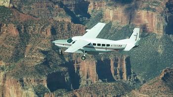 Grand Canyon Rim to Rim Aeroplane Tour (GC1)