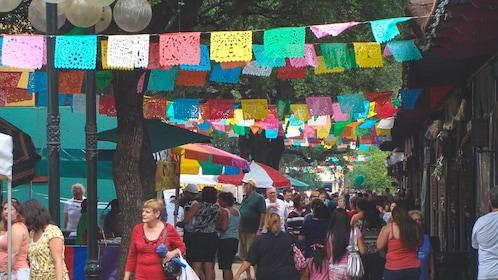 Crowded market in San Antonio