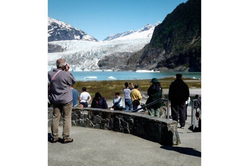 Great Photo spot for the glacier and the icebergs.