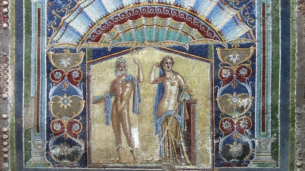 Apri foto 3 di 5. Close up of of ancient artwork in Herculaneum ruins.