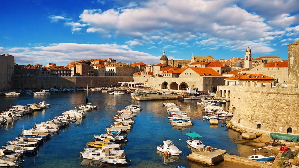 Charger l'élément 1 sur 8. Harbored boats in Dubrovnik