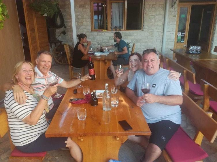 Foto 5 van 8.  Exclusive tour to Krka Waterfalls with Wine Tasting