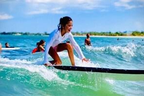 Beginner Surf Lesson in Carolina