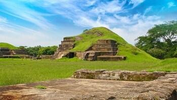 Full-Day Volcanoes, Lakes & Mayan Sites Tour