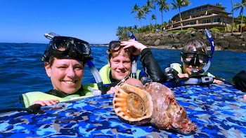 Reef Guides Hawaii Snorkel Tour w/ Education Program & Lunch