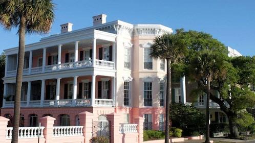 Building in historic Charleston