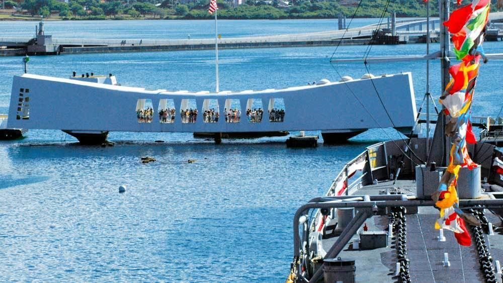 Pearl Harbor & USS Arizona Memorial