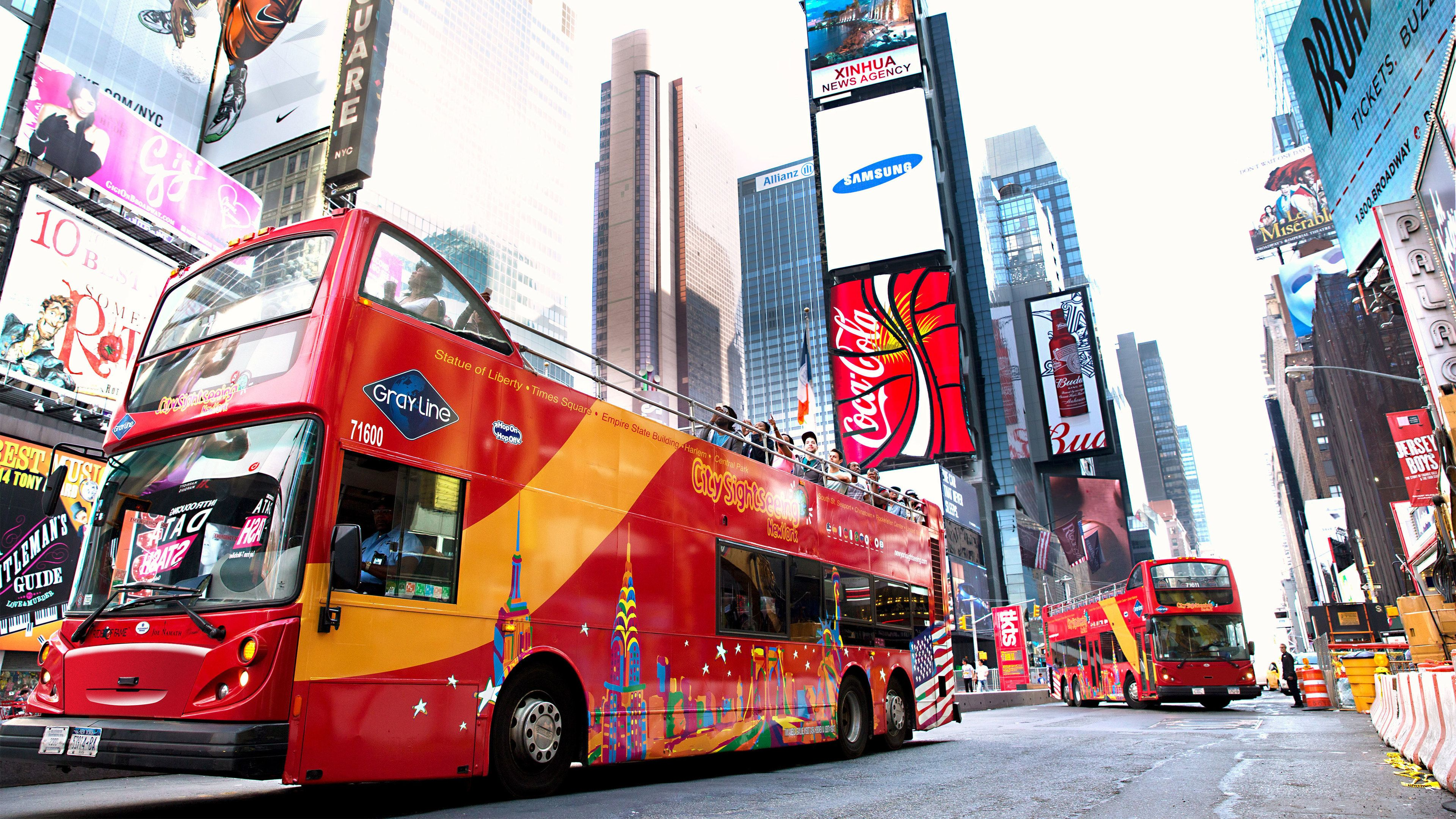 Sightseeing bus in Times Square in New York