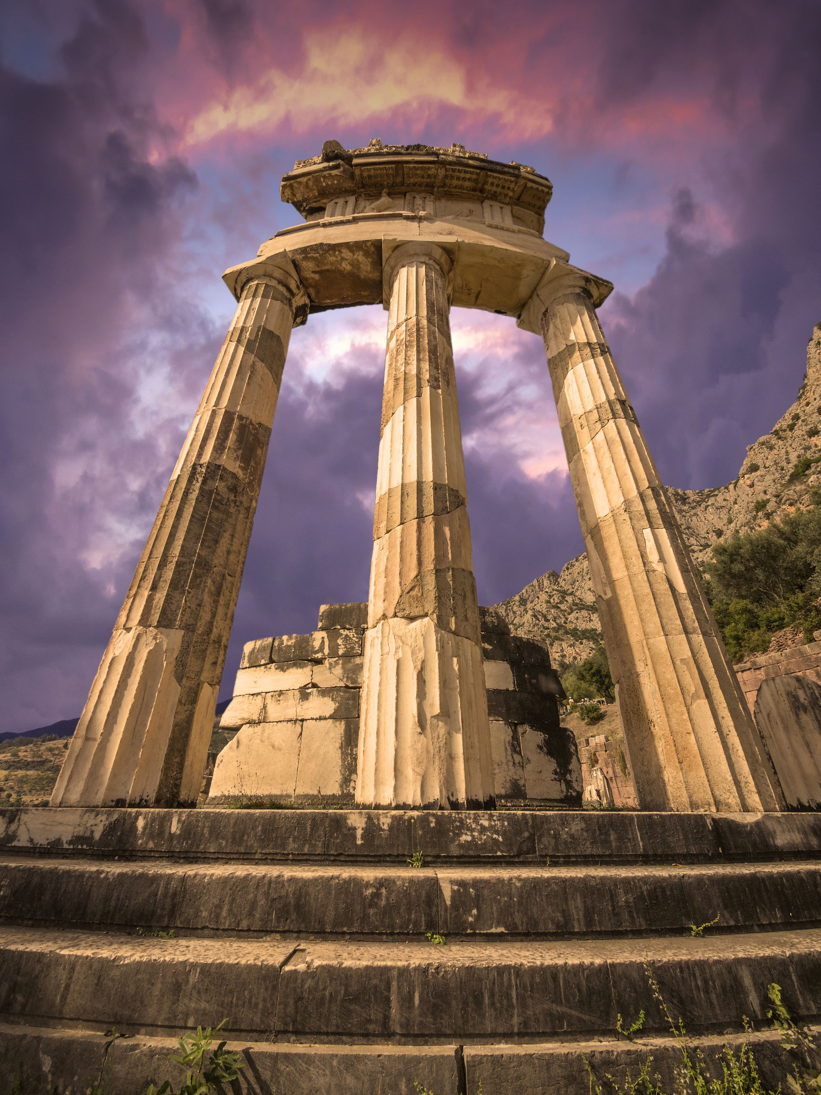 Private Day Trip to Delphi by Taxi