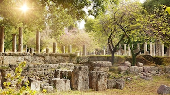 Private Day Trip to Ancient Olympia by Taxi