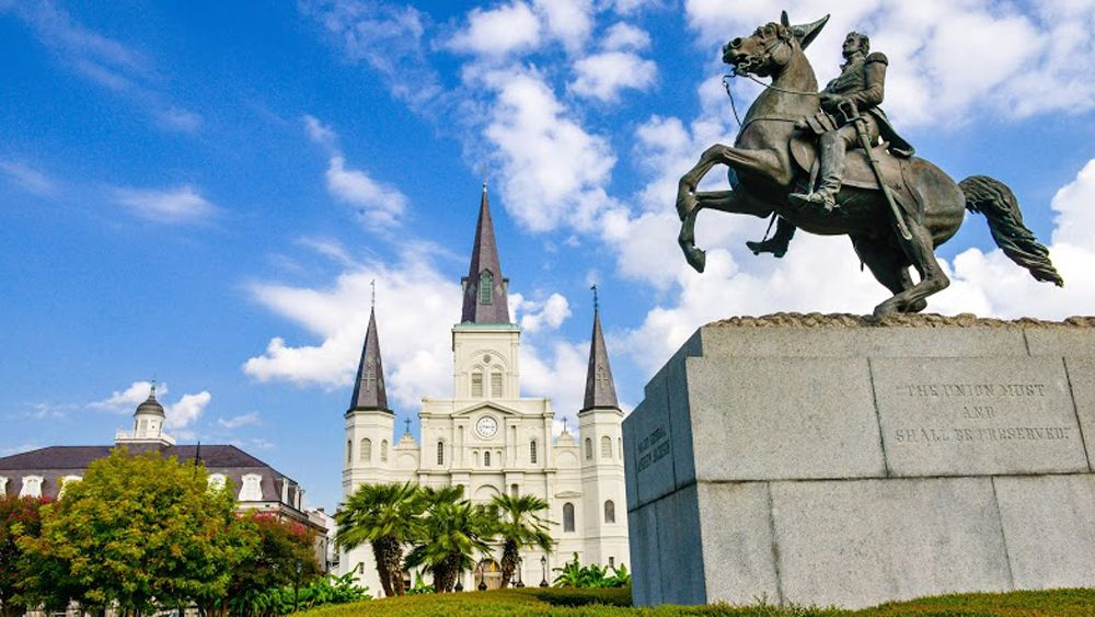 building and statue in new orleans