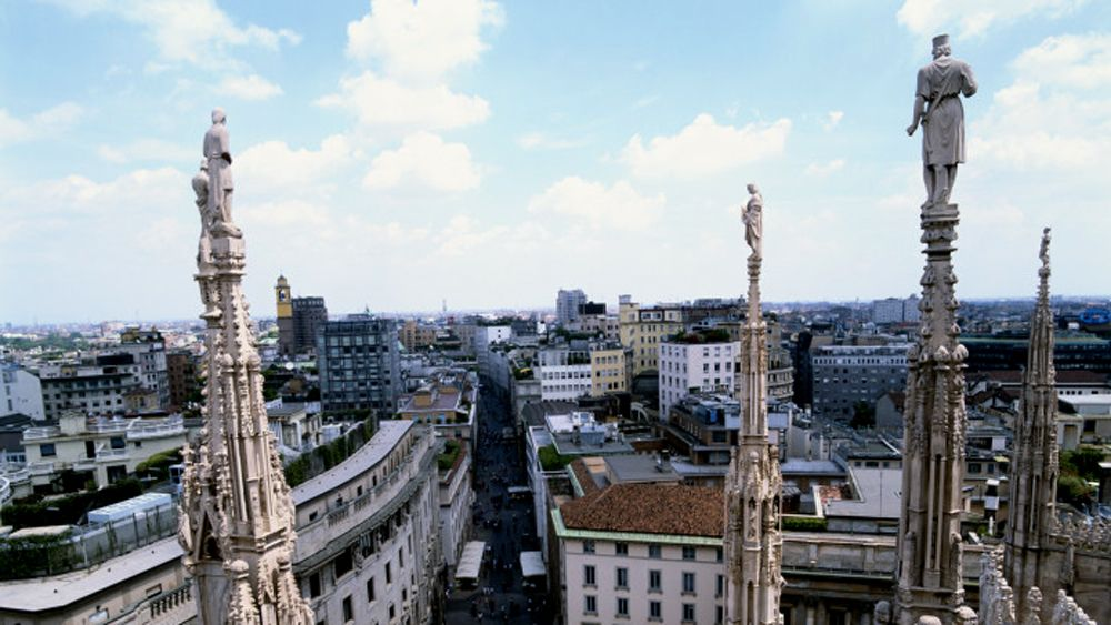 Italy, Milan, view from roof terrace of Duomo