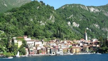 Tour di un giorno intero del Lago di Como con crociera