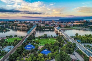 Private Helicopter Tour over the Tennessee River