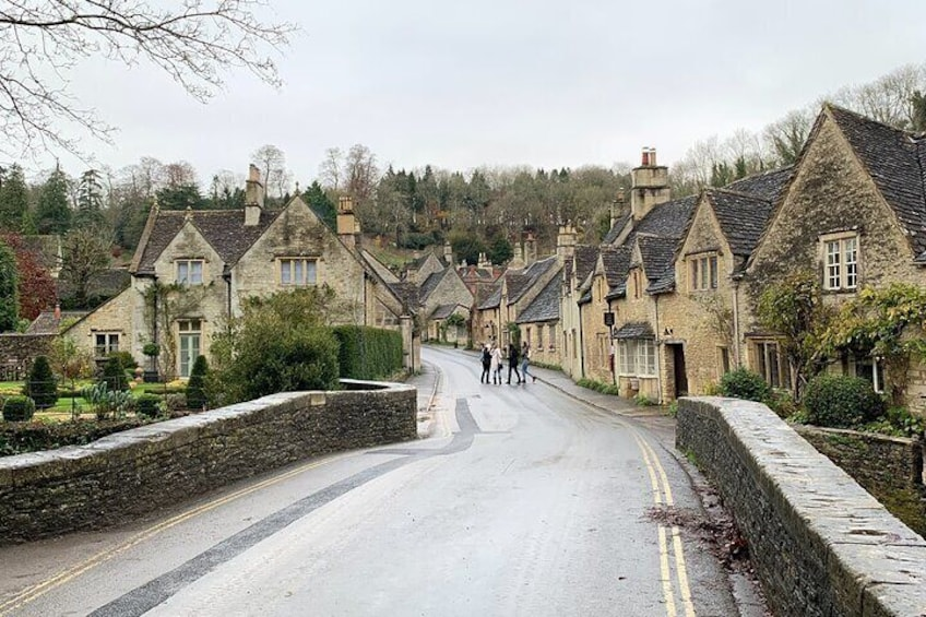 7 Day Travel Scavenger Hunt – Cotswolds (Self-Guided Private)