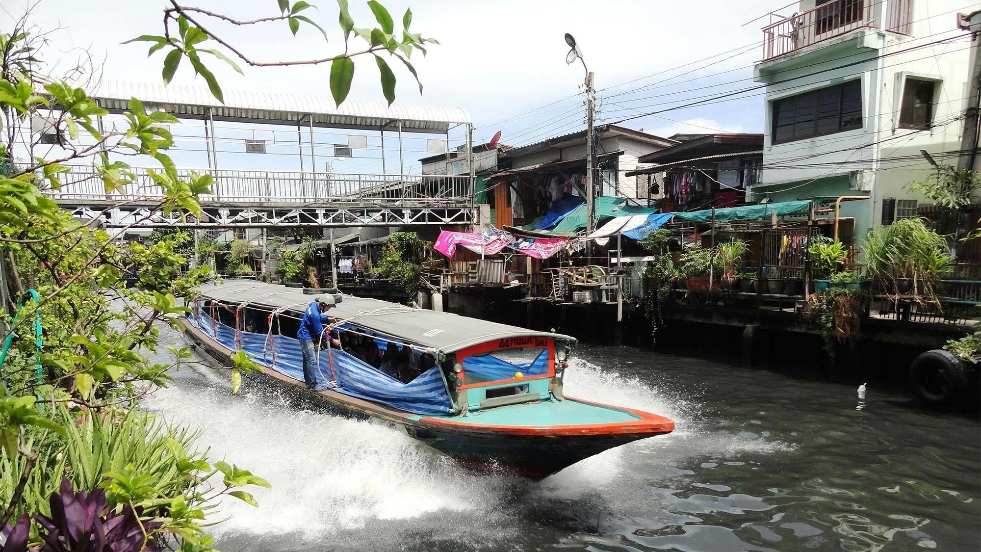 Vibrant view of the Thonburi Klongs tour in Thailand