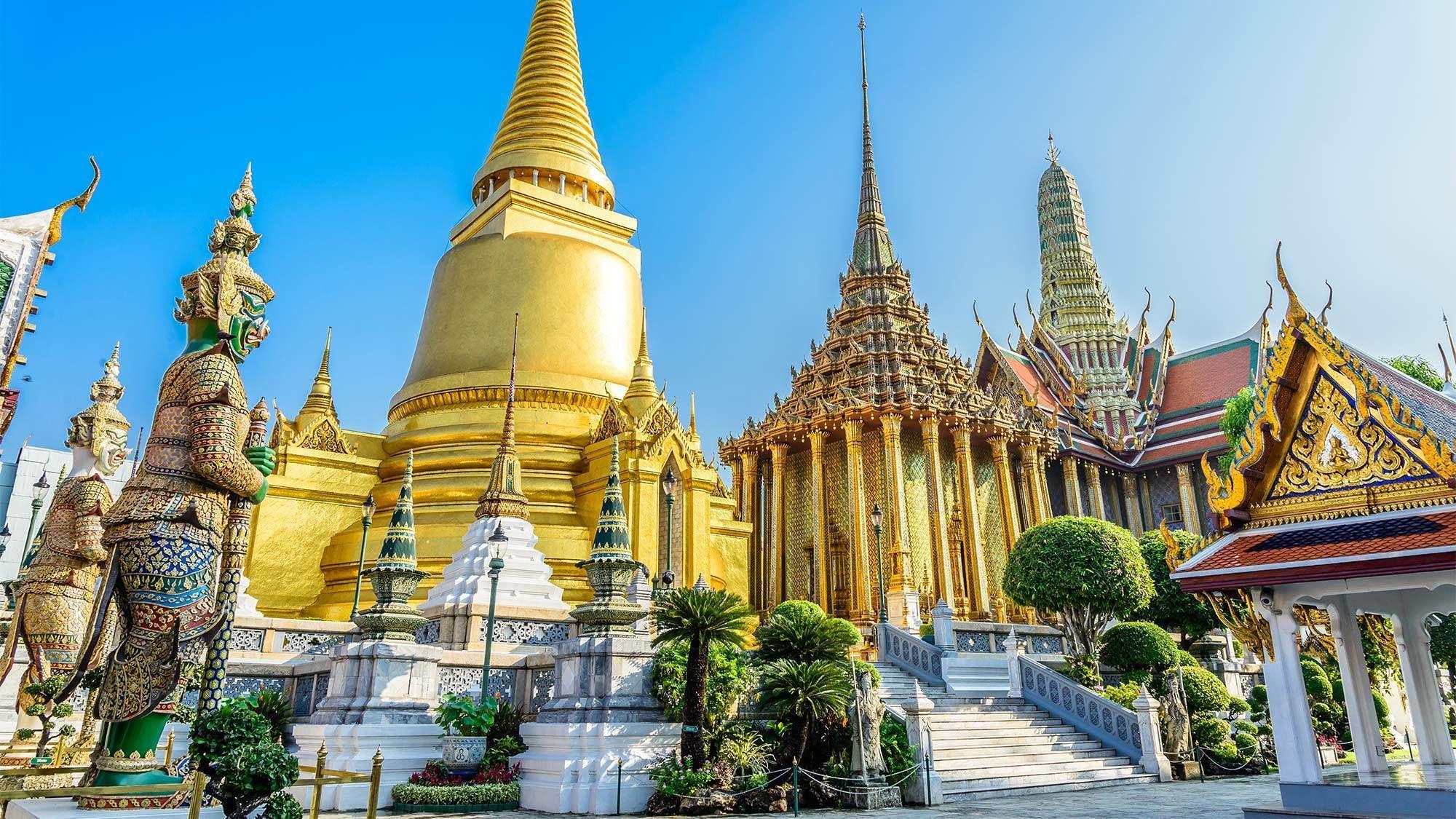 Private Morning Tour to Grand Palace along Thonburi Klongs