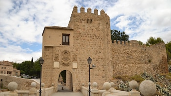 Toledo On Your Own with Top Monuments Bracelet Entrance