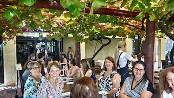 Swan Valley Food Tour with Lunch & Tastings from Perth