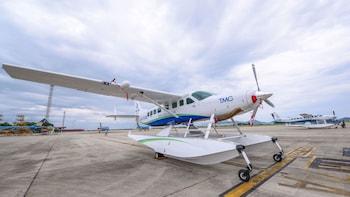 Ha Long Bay Seaplane Tour & Day Cruise