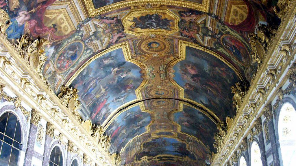Hall of Mirrors, painted ceilings in Versailles