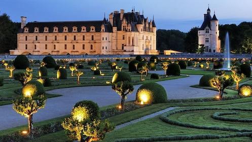 Garden with Castle in background in Paris