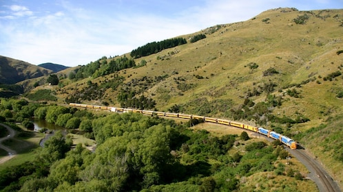Day view of the taieri gorge train in dunedin