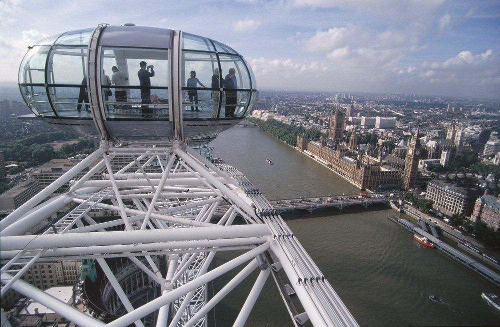 Royal London Tour with Madame Tussauds & London Eye Tickets
