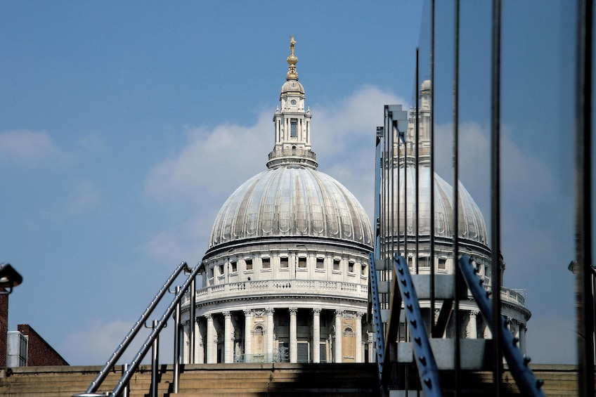 Apri foto 4 di 9. Combo: Crown Jewels with Jack the Ripper & Haunted London