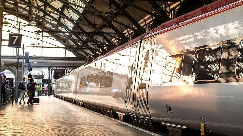 Charger l'élément 3 sur 8. Train in London