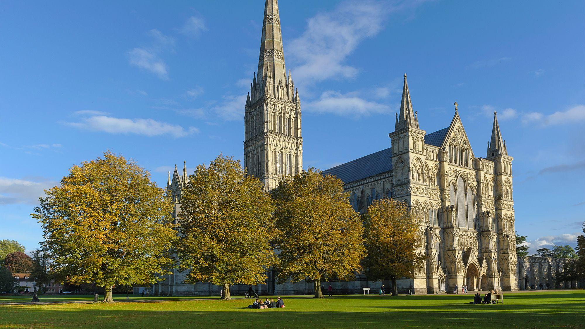 Salisbury, Stonehenge & Bath Flexible Day Trip