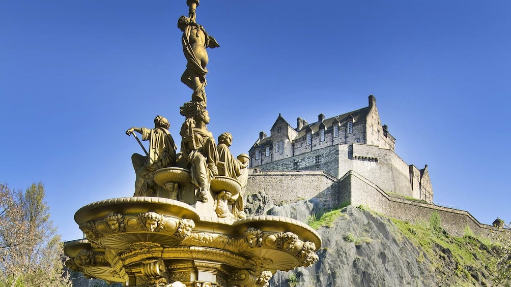 Show item 4 of 8. Edinburgh Full-Day Tour with Edinburgh Castle & Hop-on-Hop-Off Bus Tickets