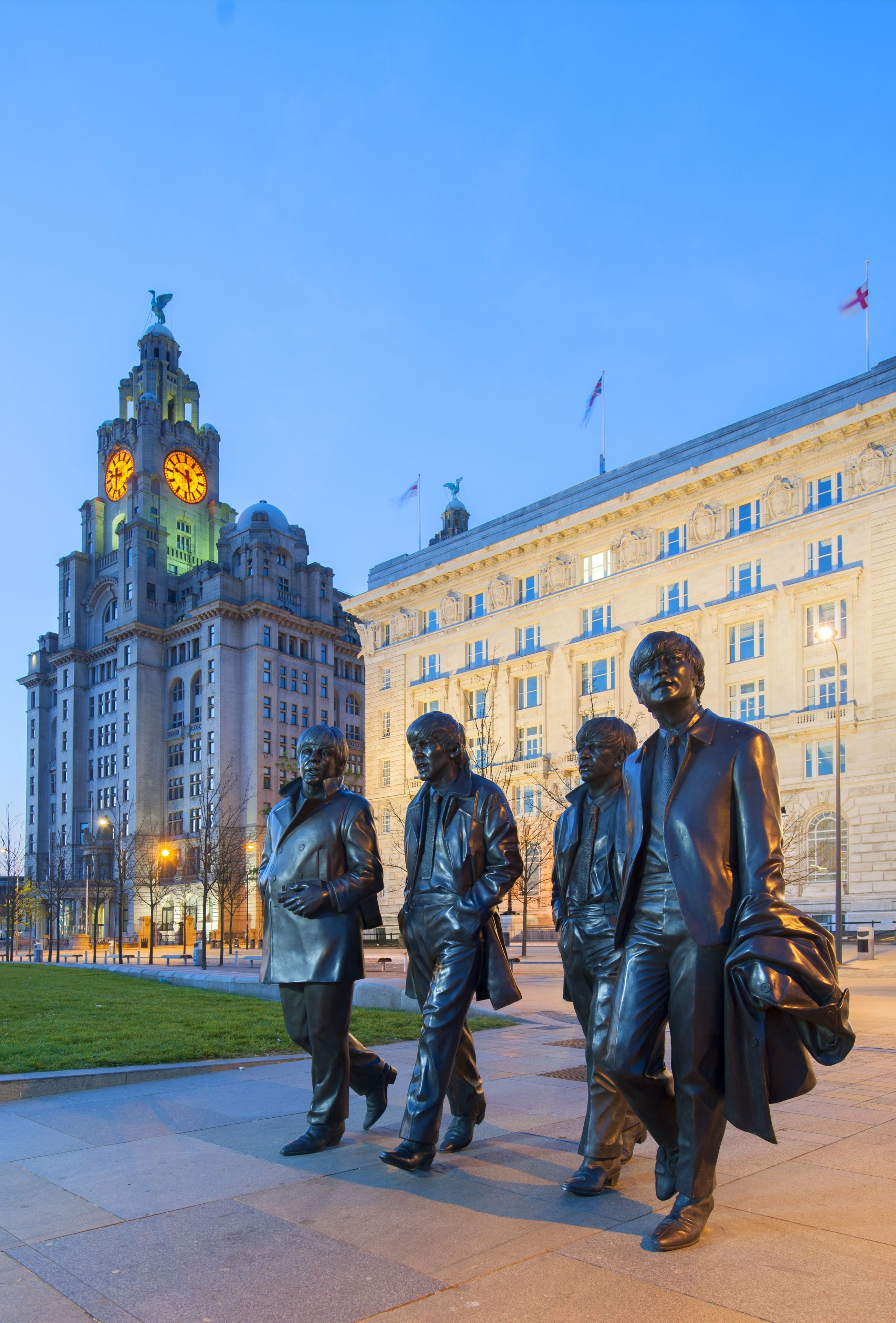 easton_Liverpool_beatles_statue_01.jpg